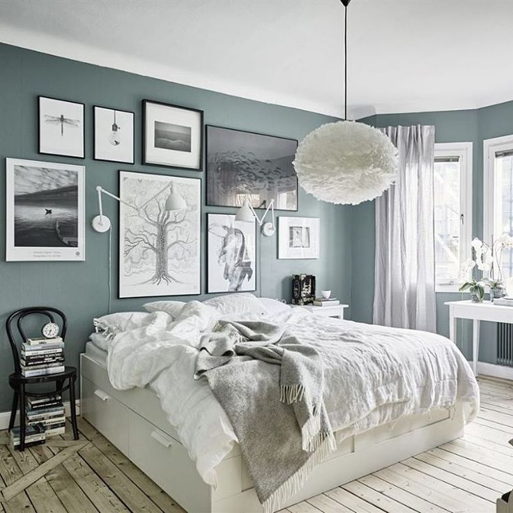 """683 Likes, 11 Comments - Astrid   Gravity Home (@gravityhomeblog) on Instagram: """"Blue walls and a lovely gallery wall   photo by @fotografanders"""""""