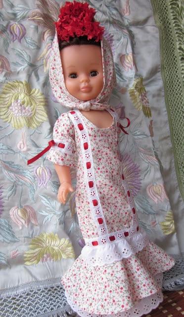 Cosiendo vestidos para Nancy: La chulapa en San Isidro