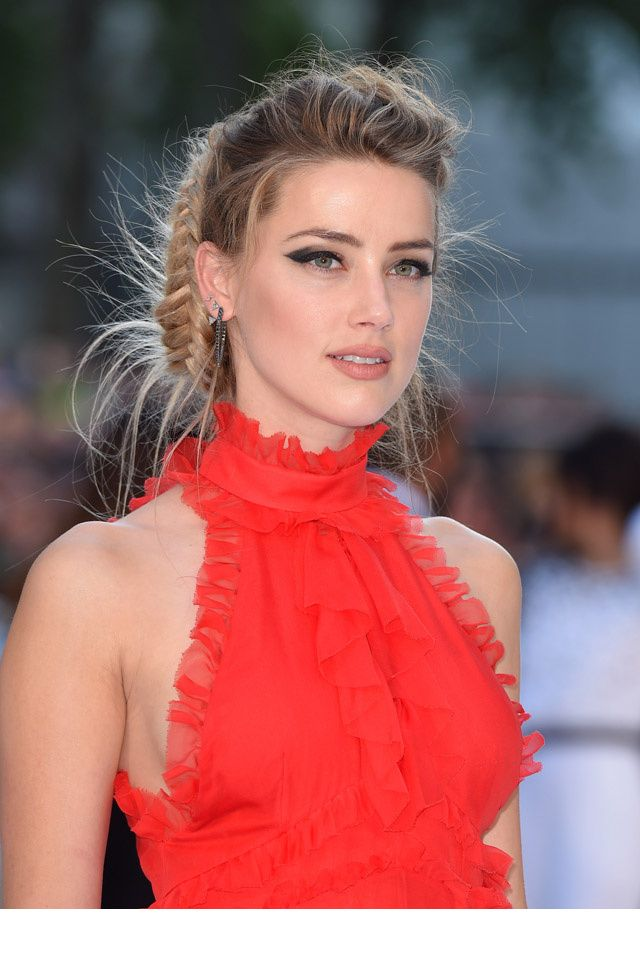 Le make-up d'Amber Heard ...et mention spéciale pour le top orange ...j'adore !                                                                                                                                                     Plus
