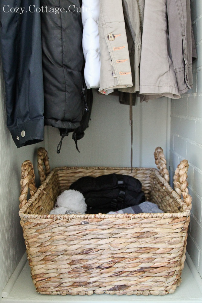 Organize Mittens Gloves Hats And Scarves In A Coat
