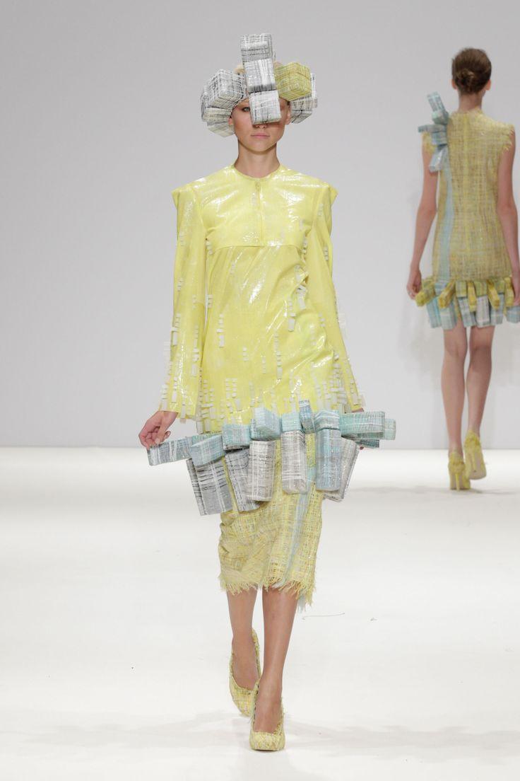 Hellen van Rees SS13 look 12 #SS13 #hellenvanrees #fashion