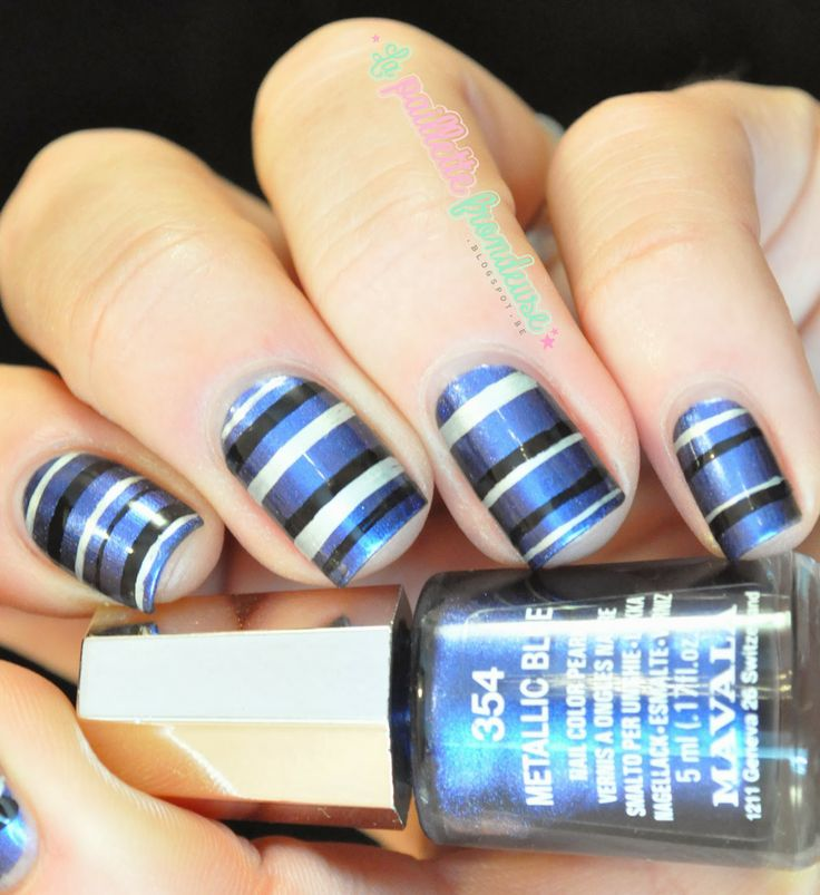 Mavala Metallic blue // Rayure obsession - stipes with black and silver liner - #nail #nails #nailart - http://lapaillettefrondeuse.blogspot.be/2014/02/mavala-metallic-blue-rayure-obsession.html