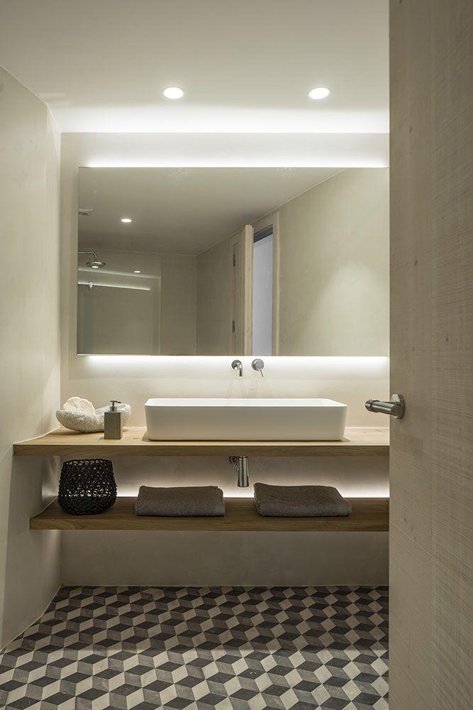 Bathroom by Susanna Cots interior design