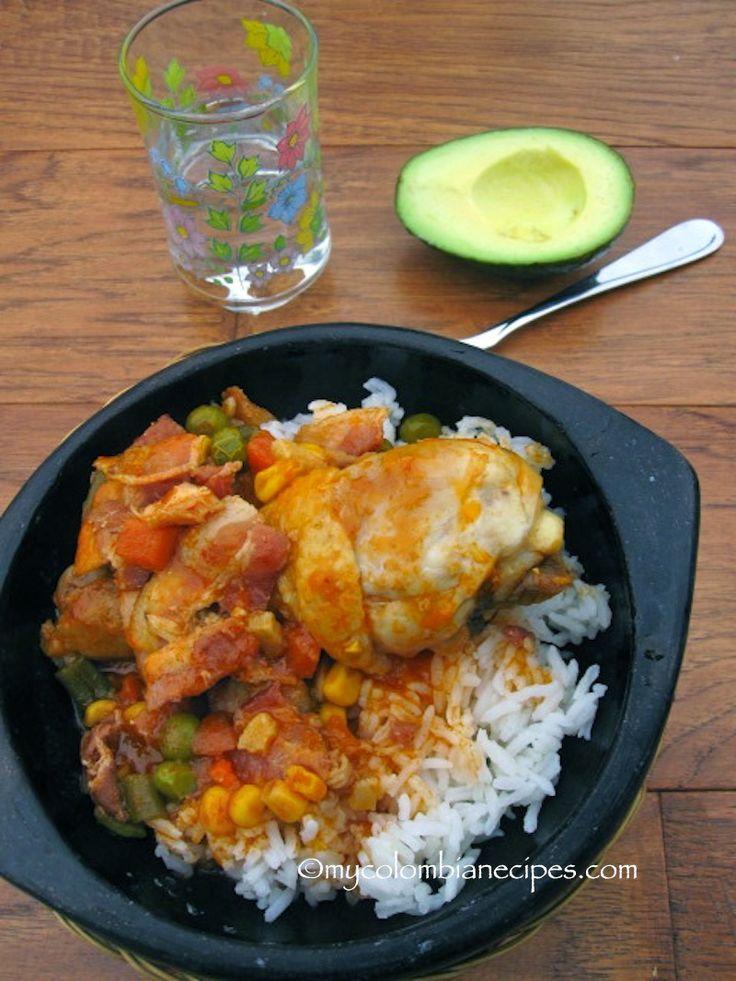 Estofado de Pollo con Tocineta (Chicken Stew with Bacon)