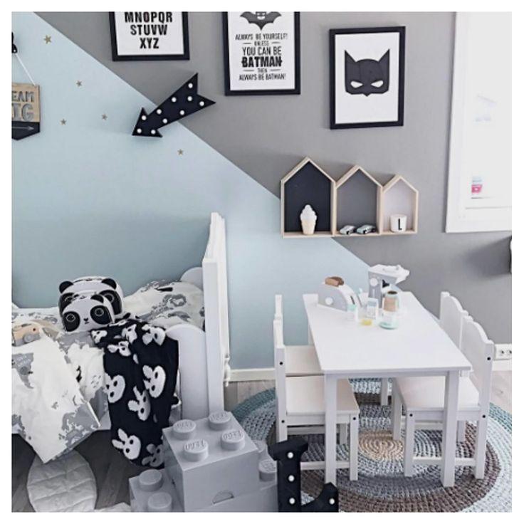 """297 Likes, 6 Comments - Jollyroom.se (@jollyroom) on Instagram: """"JOLLYINSPO   Vi bara älskar det här lekfulla barnrummet!  : @mamma.ulrikke…"""""""