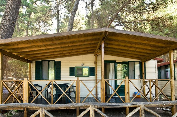Casette prefabbricate immerse nel verde. La vacanza sul Gargano ideale!