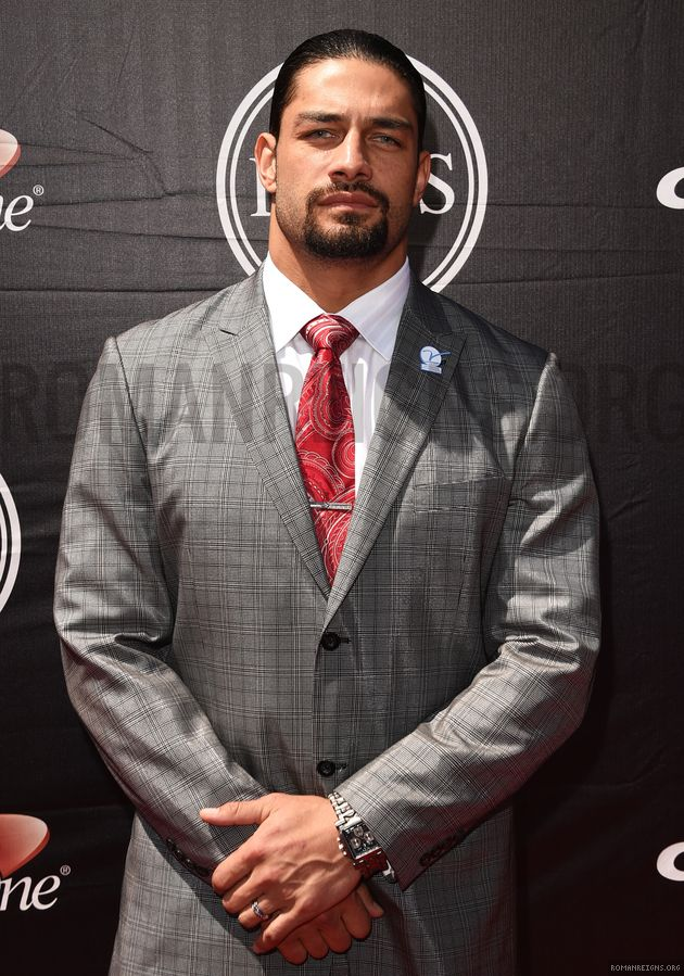 "Joe Anoa'i aka Roman Reigns at the ESPYS ""Every girl crazy 'bout a sharp dressed man"""