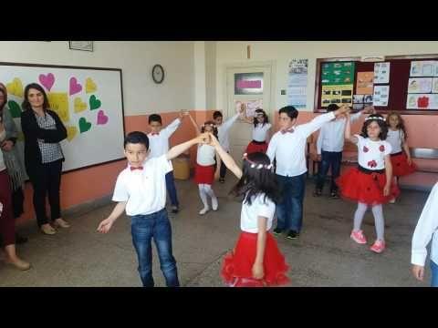 Sarıoglan fatih ilköğretim okulu anneler günü gösterisi - YouTube