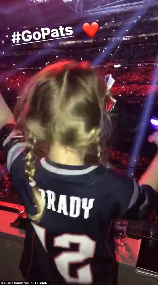 Gisele Bundchen records daughter dancing to halftime show  The Patriots might not have won the Super Bowl but Tom Bradys daughter still had an amazing time at the game.  Gisele Bundchen captured it all on her Instagram story on Sunday as her 5-year-old daughter Vivian danced to Justin Timberlakes half time performance.  The 37-year-old super model captioned the video: #GoPats followed by a red heart.  Scroll down for video  Dancing the night away:Gisele Bundchen captured it all on her…