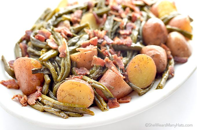 Southern Green Beans and Potatoes with Vidalia Onion and Bacon Recipe on Yummly. @yummly #recipe