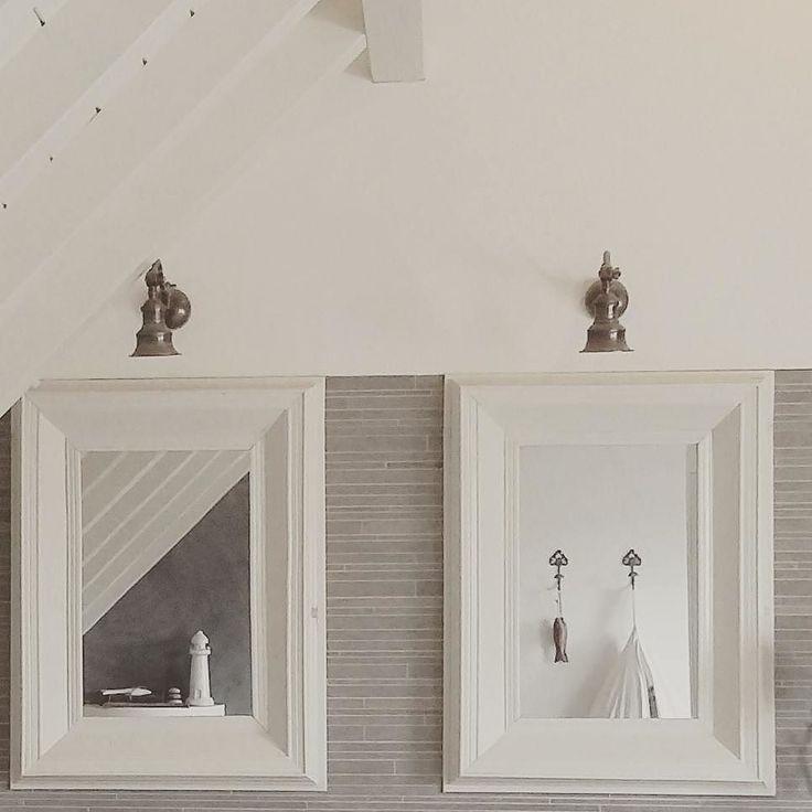 Laat de zon maar komen; fijne zondag allemaal #zondagochtend #zon #sunday #mirror #spiegel #bathroom #badkamer #home #koesfabriek