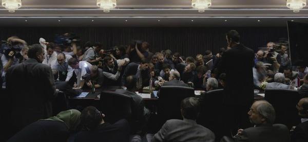 132nd ordinary meeting of the conference... Wat een ongelooflijk gave persfoto.!! Terechte prijswinnaar.