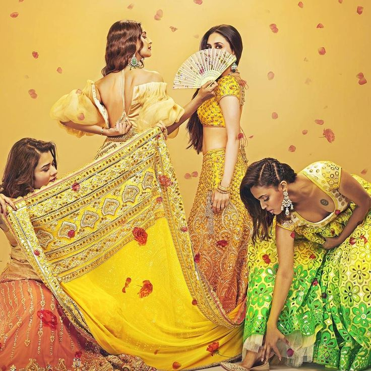 #KareenaKapoor #SonamKapoor #SwaraBhaskar #VeereDiWedding #beauties #bolly_actresses #bollyactresses #bollywoodactress #bollywoodinsta #style #fashion #bollywood #movie #Celebrity #celeb #actress #twitter #poster