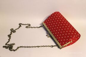 bolso vintage con carton