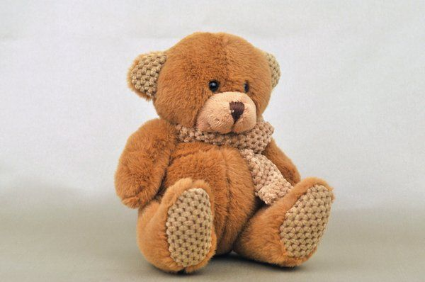 Plush Teddy Bear with Scarf - Caramel color | Teddy Bear gifts | Todo Papel | Color Lace Paper Doilies & Pretty Stationery