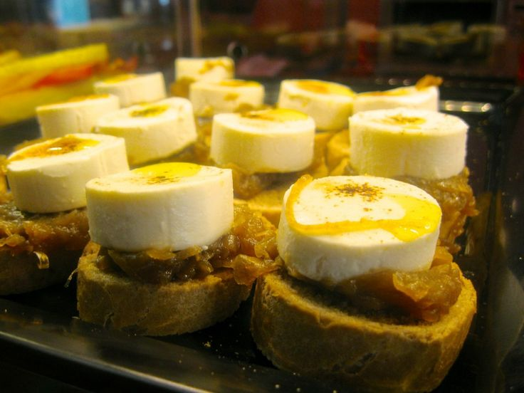 pinchos of caramelised onion and goats cheese