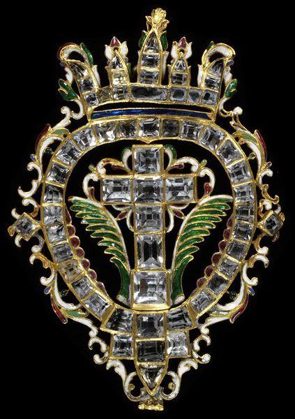 Pendant cross. Spain, ca. 1630. Table-cut rock crystals set in enamelled gold