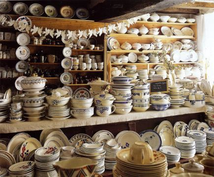 L'Emotion du Passe - (image for reference only...need to start buying Blue & White vintage dishes for 33)