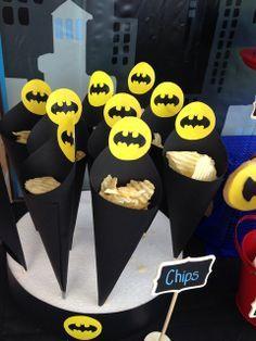 Un goûter d'anniversaire drôle et atypique ? Faites plaisir à votre enfant en jouant sur la thématique de ces super-héros préférés!