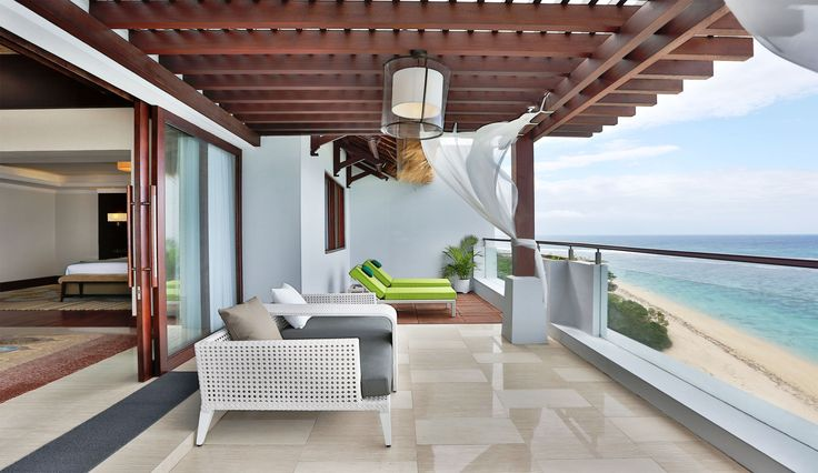 Penthouse Villa Balcony with Panoramic Ocean View