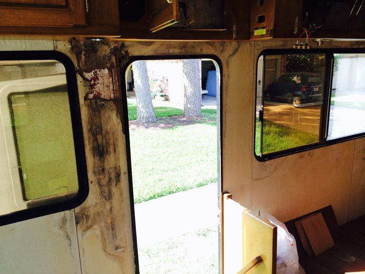 how to clean mold off rv
