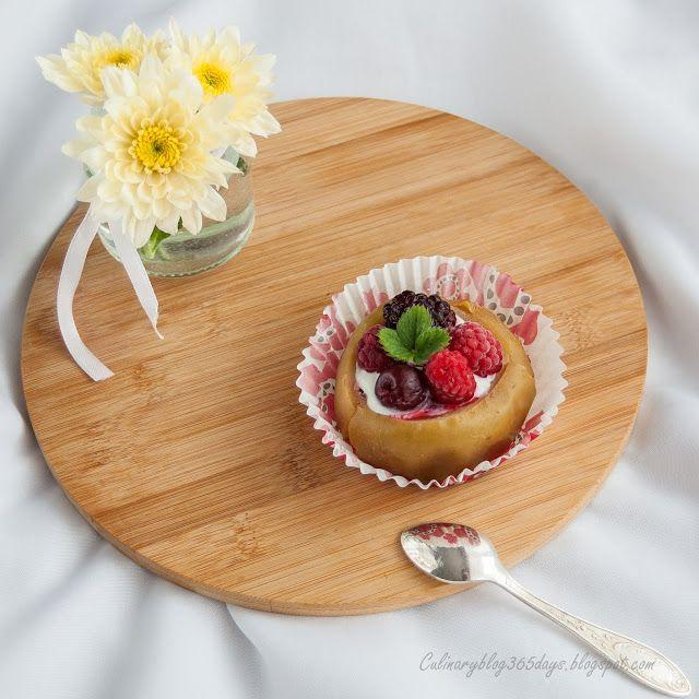 Кулинарный блог 365 дней: Печеное яблоко, фаршированное творогом и ягодами