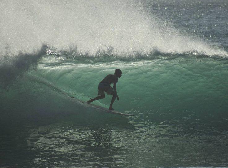 Check out our Surf clothing here! http://ift.tt/1T8lUJC Живя сёрфингом перестаешь обращать внимание на дни недели и начинаешь жить от прогноза к прогнозу. Сегодня к нам пришли большие волны! Ближайшие пару дней будет качать по полной программе. Попробуем передать вам наши ощущения. #sunrise_surfschool #surfing #surfingvietnam #surf #surfer #surflife #swell #dreamland #bali #серфинг #русскийсерфинг #серфер #прогноз #серфингвьетнам #бали