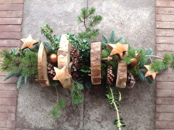 Kerst naturel met houtschijven , design. P