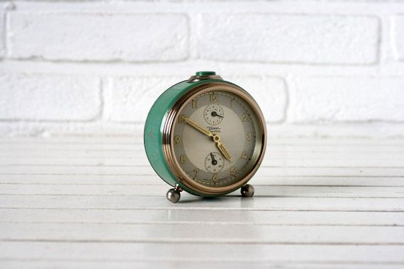 Hey, I found this really awesome Etsy listing at https://www.etsy.com/listing/205515398/vintage-german-traditional-alarm-clock