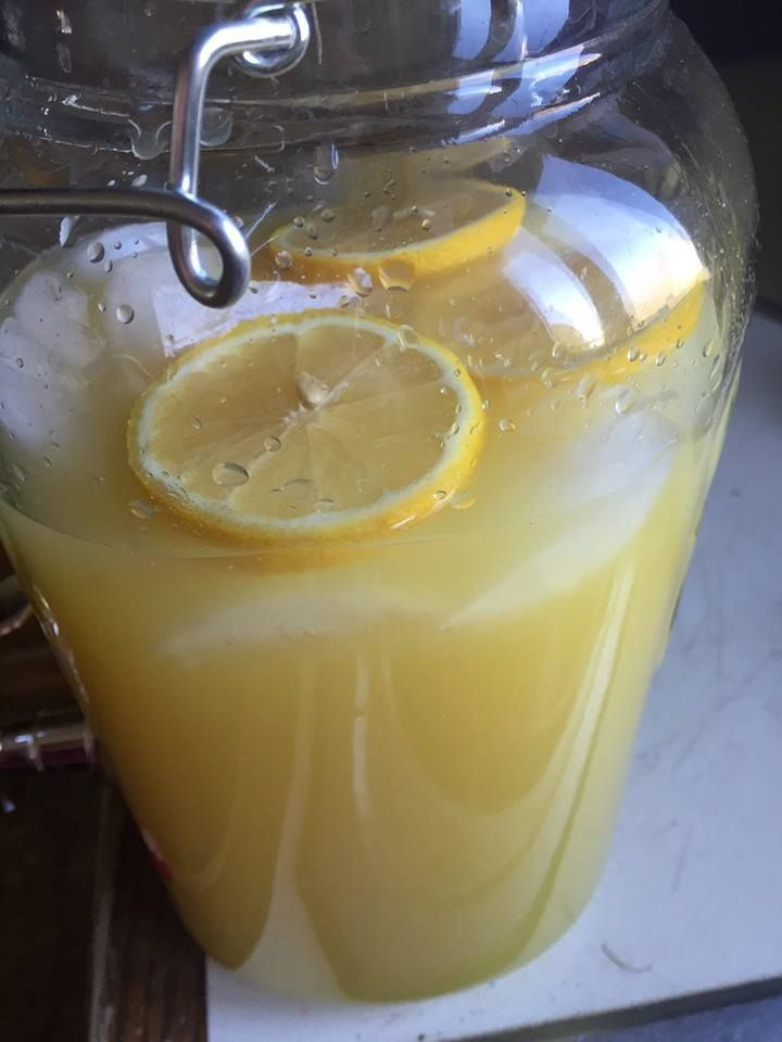 * Pineapple Lemonade *  Ingredients: 1 Cup Countrytime Lemonade Mix 3 Cups Cold water  1 Can of chilled pineapple juice ( 46 oz) 2 Cans of Sprite  Mix all ingredients and add in lemon slices ( if you wish) and ice.