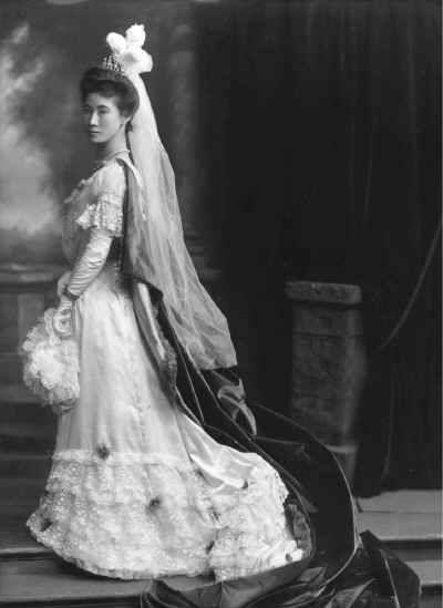 viscountess Hayashi, wife of Count Tadasu Hayashi, Japanese diplomat and statesman, during her court presentation to King Edward VII and Queen Alexandra, March 1902