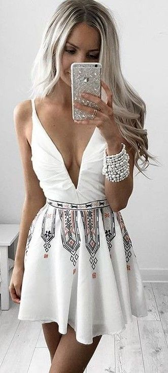 #summer #kirstyfleming #outfits | Printed Littlle White Dress