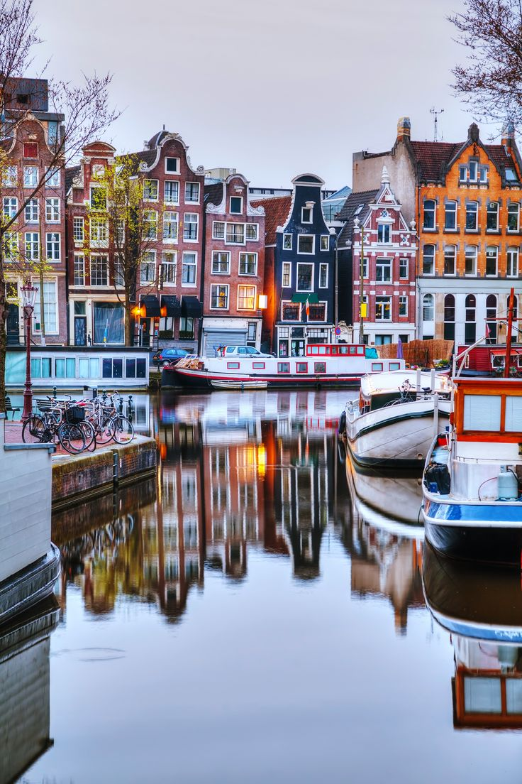 Enjoy the easiest and most entertaining way to cruise around #Amsterdam via its picturesque canals!