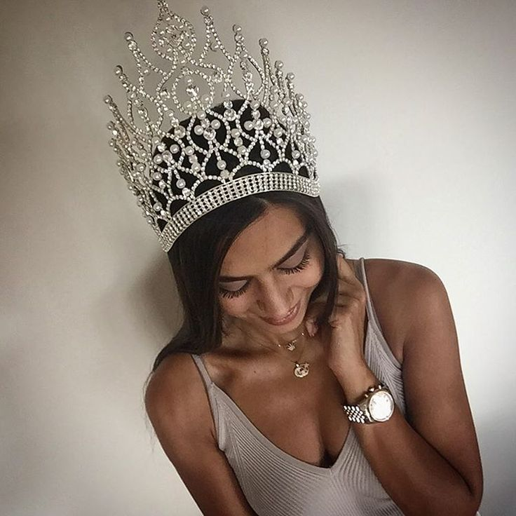 Miss Turkey 2014 1.si ❤️ Bütün destekçilerime sonsuzteşekkürlerimi sunuyorum☺️! Twitter hesabım @minegulse, bunlardan başka hesabım yoktur !
