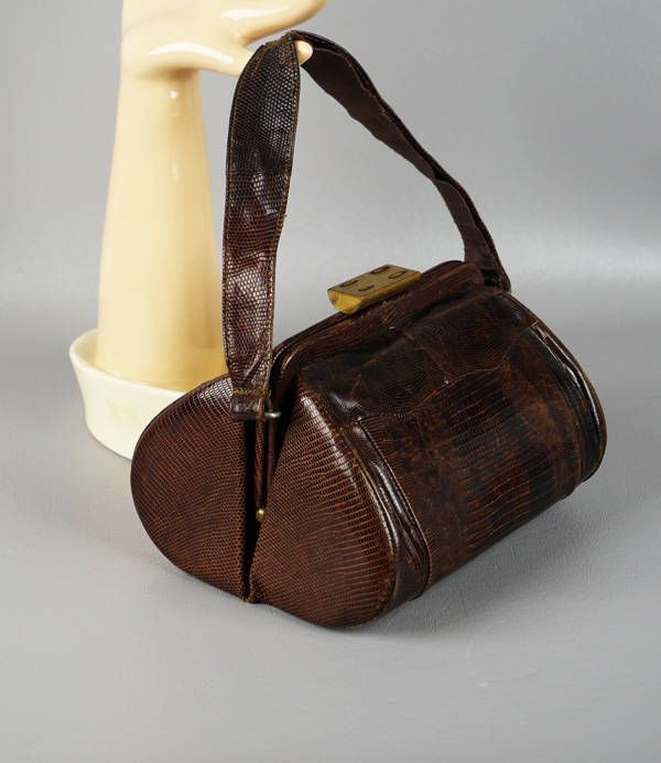 Vintage 1950s Handbag Small Brown Lizard Oval Box Purse by alleycatsvintage on Etsy