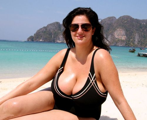 Just Great Big Old Tits  The Beach  Big, Boobs, Women-4330