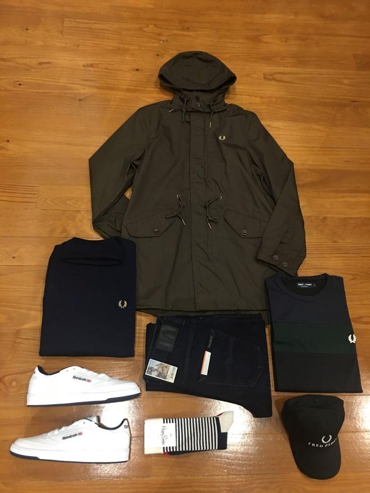 "Blog #RivendelMadrid ""British Outfit @fredperry"" #fredperry #cazadora #jacket #jersey #jumper #camiseta #tshirt #nudiejeans #pantalones #denim #reebok #zapatillas #footwear  #happysocks #calcetines #socks #fredperry #gorra #cap #guardarropa #wardrobe #madrid  http://www.rivendelmadrid.es/blog/"
