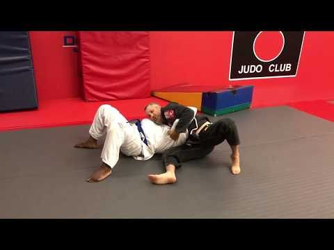 https://www.youtube.com/watch?v=mHuvF5M1WyA Gary Berger – Scorpion Armlock for Brazilian Jiu Jitsu This Brazilian Jiu Jitsu submission is something Gary Berger learned in a Black Belt magazine during the 1990's when BJJ was first becoming popular. This armbar catches many people by... Jitseasy