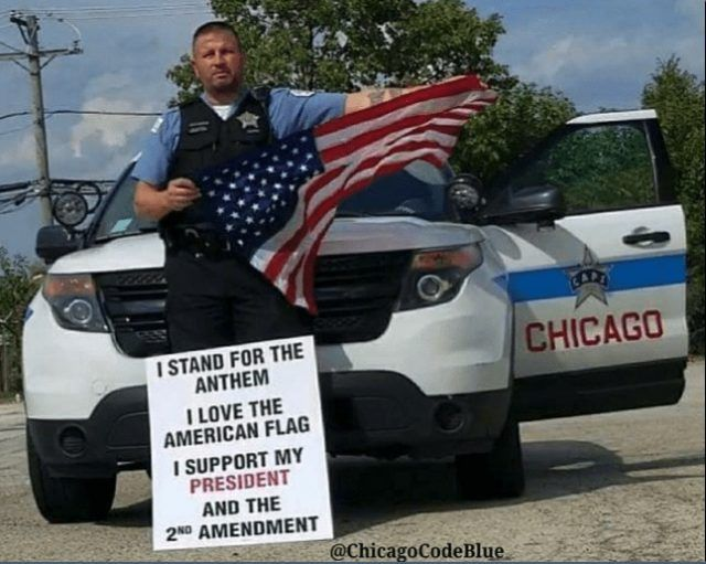 A whiteChicago policeofficer was reprimanded for posting a photo on social media of himself in apparent protest of theNFLplayers who knelt during the ...https://www.lawenforcementtoday.com/chicago-officer-reprimanded-display-patriotism/