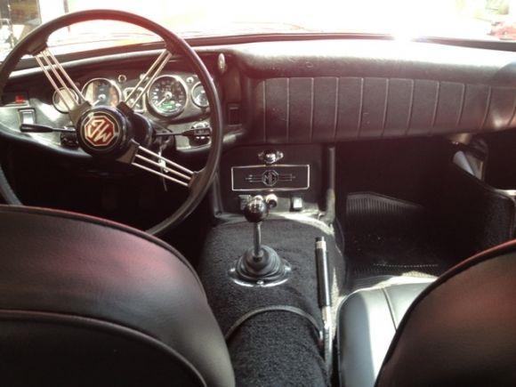 1969 MGC GT Interior