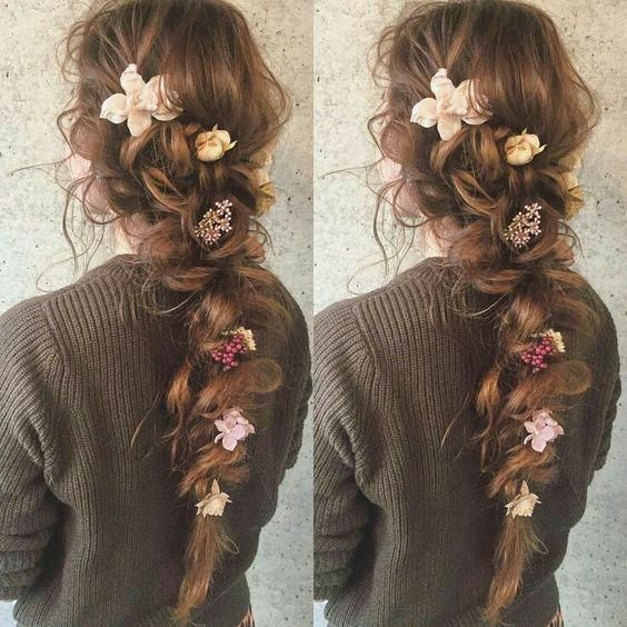 These prom hairstyles for long hair really are fab #promhairstylesforlonghair