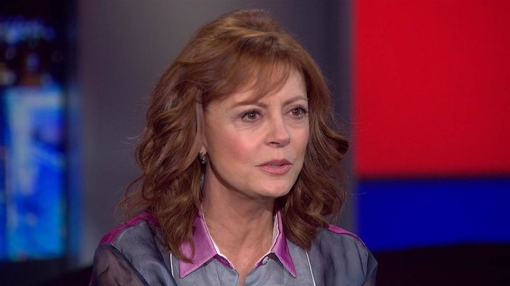 Actress Susan Sarandon, who has been a vocal surrogate for the Bernie Sanders campaign from early on, joins Chris Hayes to discuss why she supports Senator Sanders and her work with refugees in Greece.