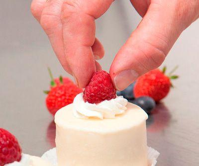ICI COMPAREZ les MEILLEURS COURS PATISSERIE PARIS cours et Ateliers de cuisine prix Annuaire listes top 10 des COURS PATISSERIE PARIS, pâtisserie, Gâteaux