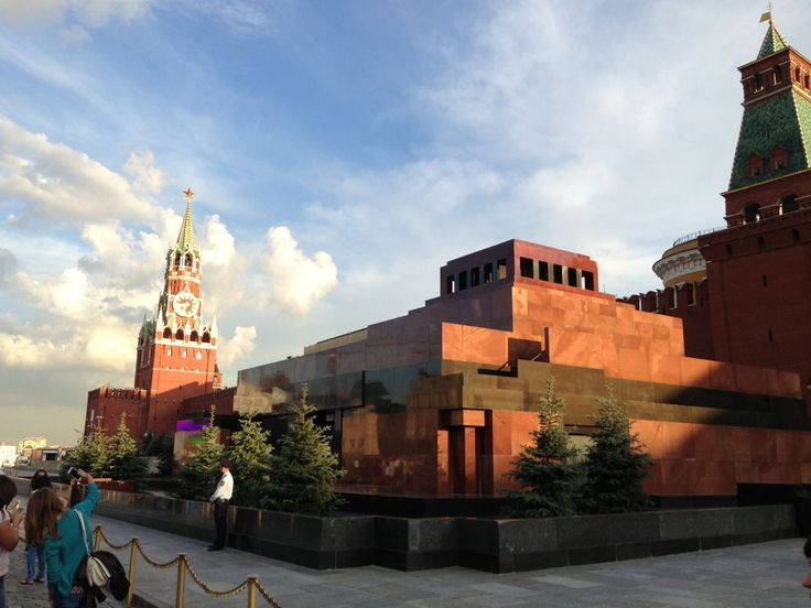 Мавзолей В. И. Ленина / Lenin's Mausoleum in Москва
