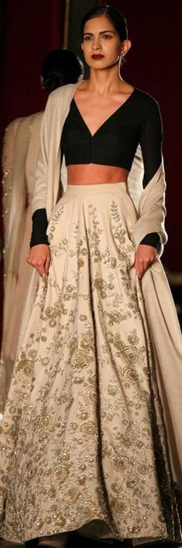 Sabyasachi Amazon India couture ♒Revathy♒ [[Sabyasachi~❤。An Exquisite Clothing]]