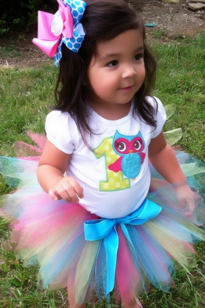 henslee's first birthday outfit.