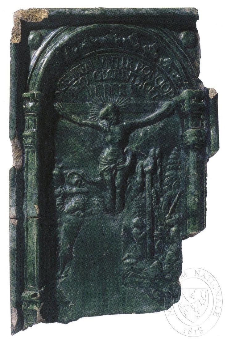 """Ukřižování. Pod křížem zlomek scény - Abrahám obětuje Izáka, vlevo Mojžíš a měděný had. Nad křížem nápis kapiálou: """"GELITEN VNTER PONCIOP(l) LATO GECREVTZIGET""""."""