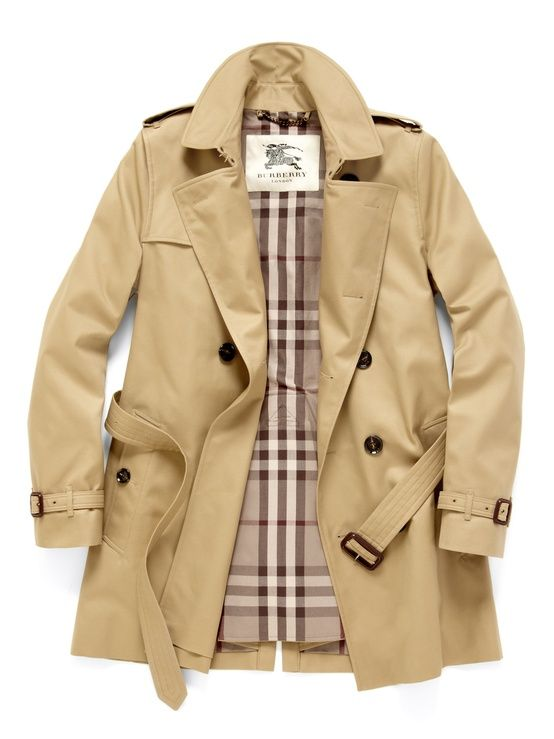 Burberry trench <3