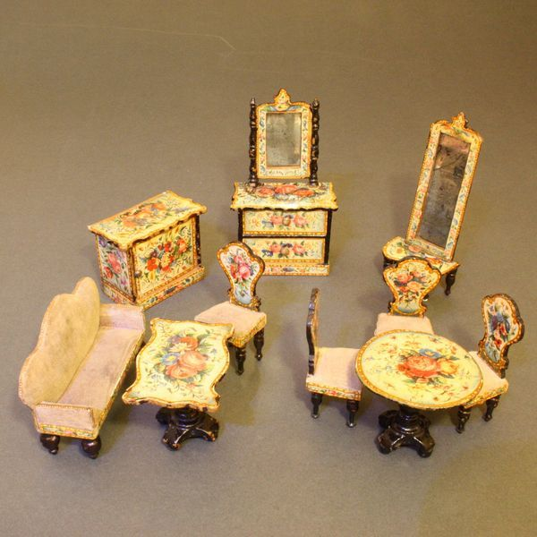Antique dolls house furniture salon with lithographed paper , alte  puppenstuben salonmöbel - 124 Best Antique Dollhouse Furniture Images On Pinterest Dollhouse