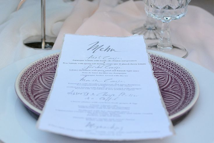 """Premium """"art de la table"""" with handwritten table details by Chirography"""